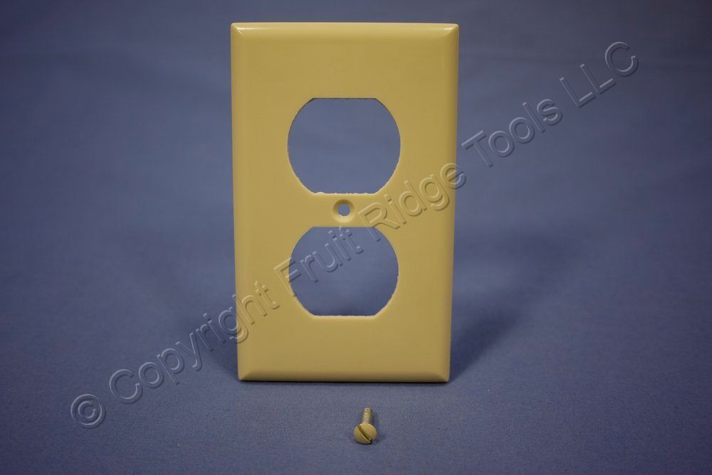 25 Eagle Residential Grade Ivory Outlet Cover Duplex Receptacle Wallplates 2132V