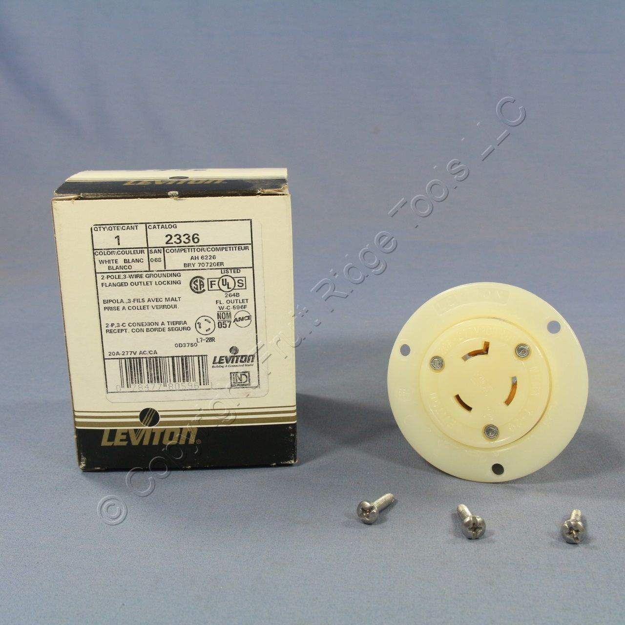 Leviton Twist Turn Locking Flanged Outlet Connector L7-20R 20A 277V ...
