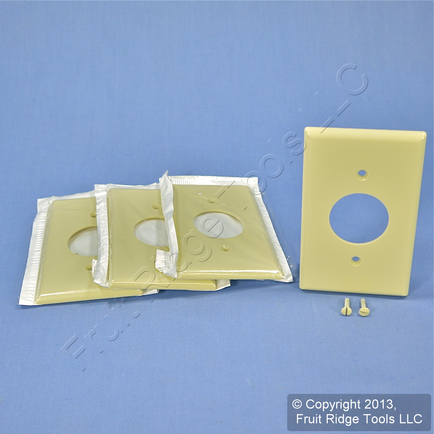 4 Leviton Ivory 1406 Receptacle Wall Plates Single Outlet Plastic