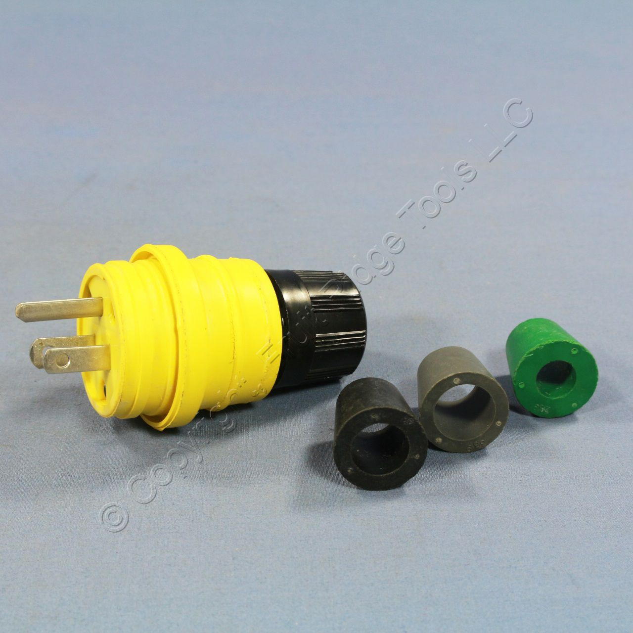 Pass and Seymour Yellow Male Watertight Straight Blade Plug 5-15 15A ...
